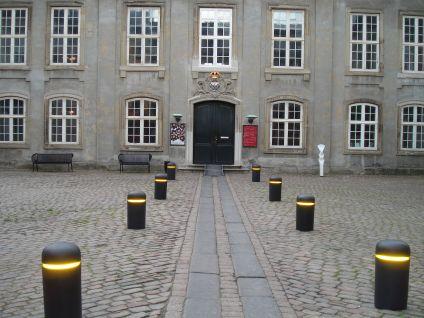 Bob bollard at Designmuseum Danmark